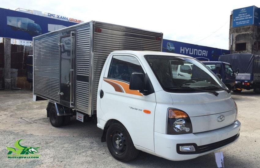 Xe tải chở hàng hạng nhẹ